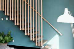 single stringer staircase with wood treads