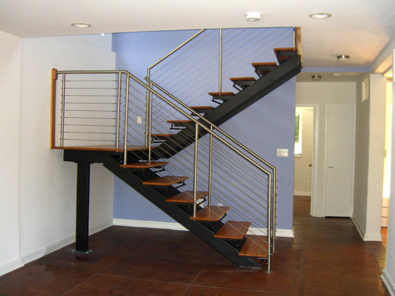 twin stringer staircase with cable railing