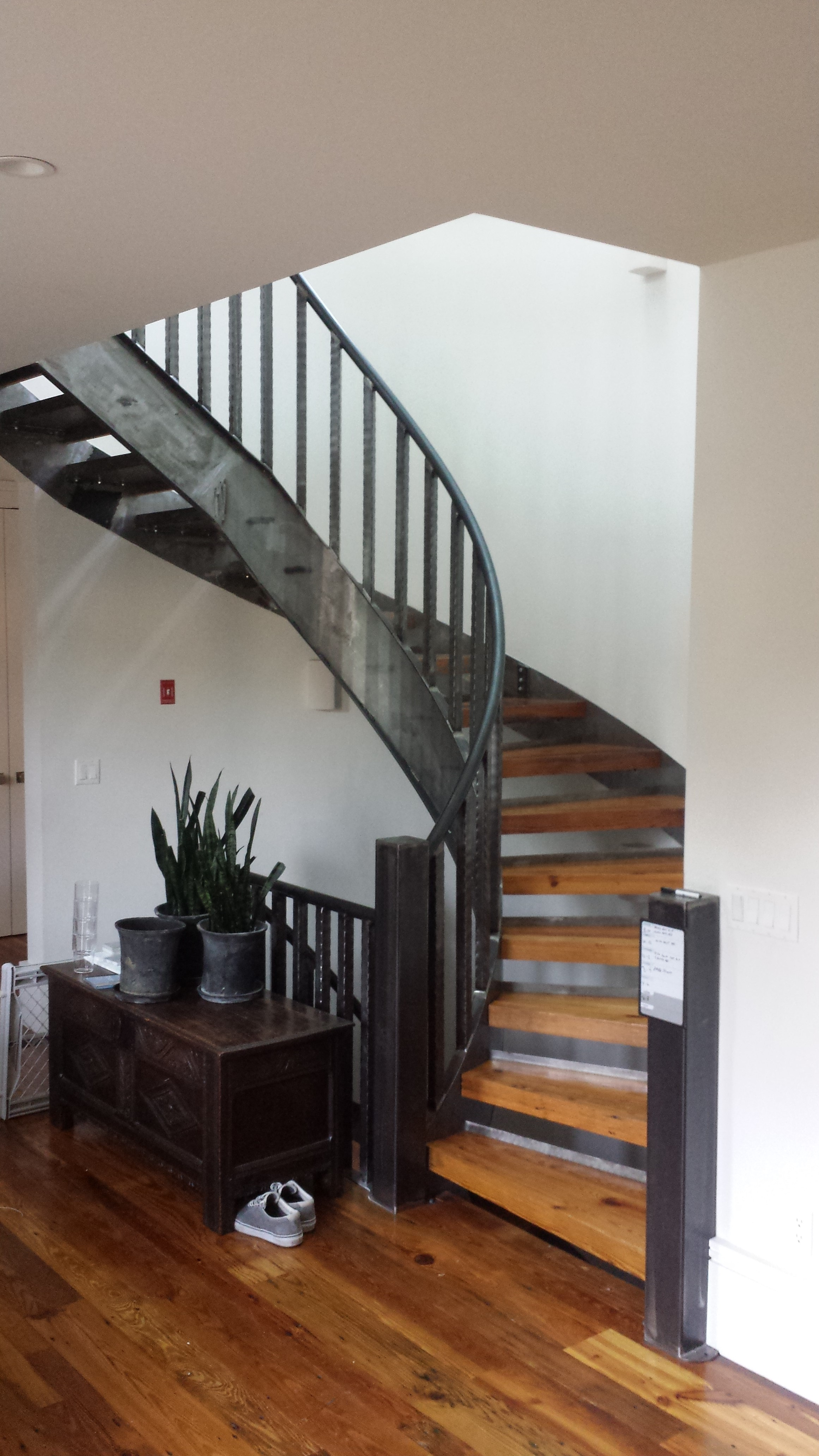 Curved staircases steel stringer stairs in nyc ct for Curved stair case