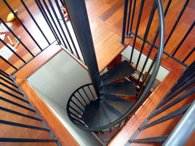 spiral staircase installation