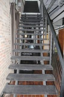Choosing The Double Stringer Staircase For Your Companyu0027s Basement Stairs