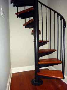 Spiral staircases custom staircase design in nyc ct for Ready made stairs